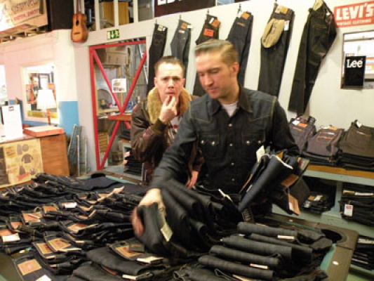 Per the boss & Herr Persson in your nr 1 Raw Denim store