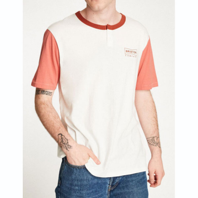 Brixton Wedge S/S Henley in the group Clearance / Men / T-shirts at Sivletto - Skylark AB (02511-OWRST)