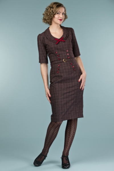 Emmy Design The Boss Lady Dress Wine/Plum Plaid in the group Clearance / Women / Dresses at Sivletto - Skylark AB (14405024)