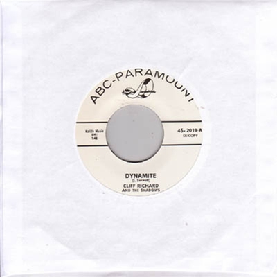 Cliff Richard - Dynamite b/w Don't Bug Me Baby in the group Misc / Music / Vinyl at Sivletto - Skylark AB (5328)