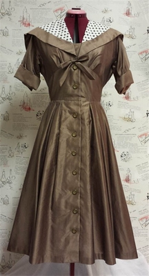 Vtg 50s Brown Syd Dress size M in the group Vintage / Women at Sivletto (ENVIKEN033)
