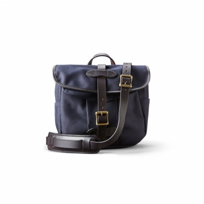 Filson Field Bag Small Navy in the group  at Sivletto (Filson-11070230-navy)