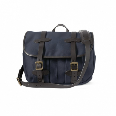 Filson Field Bag Medium Navy in the group Men / Accessories / Bags at Sivletto - Skylark AB (Filson-11070232-navy)