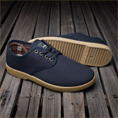 Kingston Union Mfg The Wino Navy Gum in the group Men / Shoes at Sivletto - Skylark AB (Kings-wino-navygum)