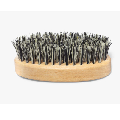 Mountaineer brand Travel Sized Vegan Beard Brush (Beechwood) in the group Hair and skincare / Mustache and beard / Beard brushes at Sivletto - Skylark AB (MBVBOVAL)