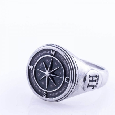 Jernhest Christian Silver Ring in the group Men / Accessories / Jewelry at Sivletto - Skylark AB (RCn15100)