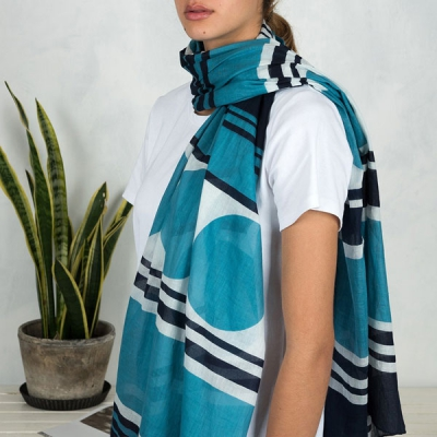 Stockholm blue cotton scarf in the group Clearance / Women / Misc at Sivletto - Skylark AB (RL27403)