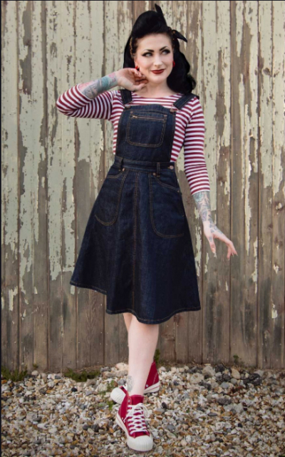 Rumble59 Ladies Denim Bib Dress Rocking Rosie in the group Denim / Dresses & Skirts at Sivletto - Skylark AB (RUM-774)