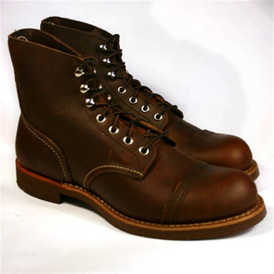 Red Wing Style No. 8111 Iron Ranger in the group Men / Shoes at Sivletto (W2932)