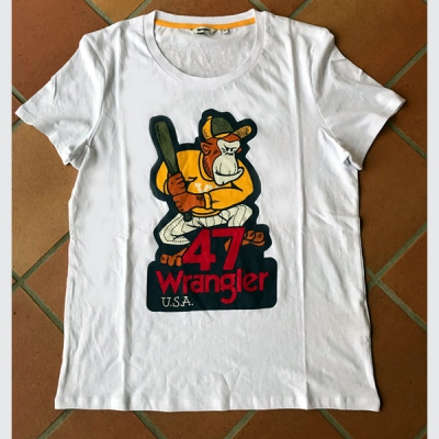 Wrangler graphic tee in the group Women / Blouses, tops & t-shirts at Sivletto - Skylark AB (W702REVW2)