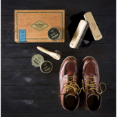 Gentlemen's Hardware Cigar Box Shoe Shine Kit