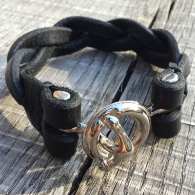 Lone Wolf Leather Anchor Joint Braided Bracelet Black in the group Unionville / Made in Sweden at Sivletto (w11000)