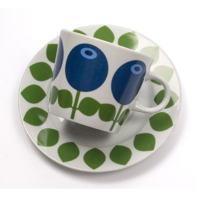 Floryd Porcelain cup and saucer blueberry in the group Home and stuff / Kitchen & edibles at Sivletto (w11592)