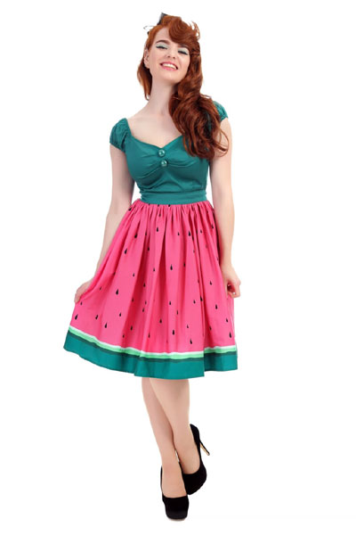 Collectif Jasmine watermelon swing skirt in the group Clearance / Women / Skirts at Sivletto - Skylark AB (w12658)