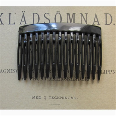 Black hair comb in the group Hair and skincare / Combs at Sivletto (w5027-black)