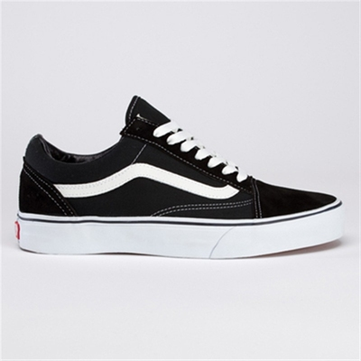Vans Old Skool Black/White in the group Clearance / Men / Shoes at Sivletto (w7782)