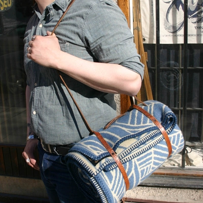 Indigofera Blanket Carrier Re-used Leather in the group Unionville / Accessories at Sivletto (w7942)