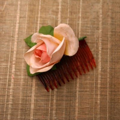 Vintage rose Side Comb in the group Women / Hair flowers at Sivletto (w8669)