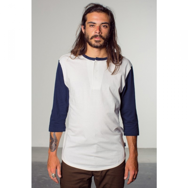 894385037290 Brixton Adam 3/4 Sleeve Henley White/Blue in the group Clearance / Men
