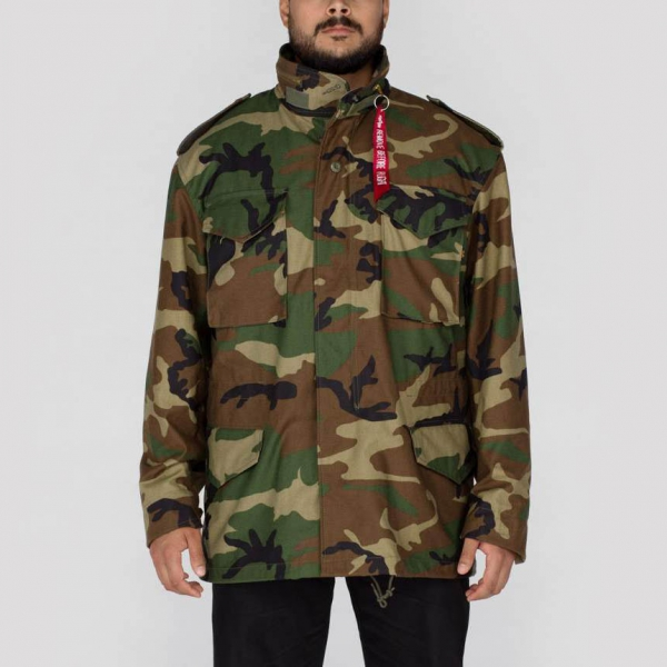 8f97326572b0ed Alpha Industries Inc. M-65 Field Jacket Woodland Camo in the group  Clearance /
